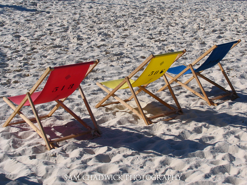 3 deckchairs